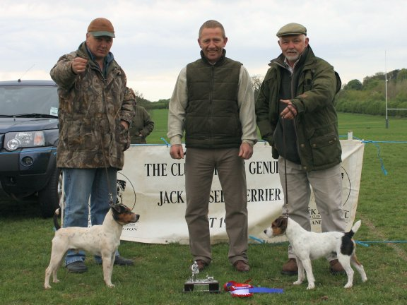 Best Jack Russell in Show (Left) and Reserve.